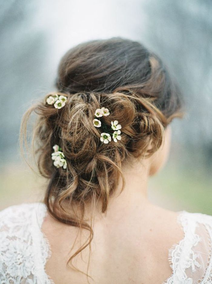 11-Ways-In-Which-Delicately-Pretty-Botanicals-Are-The-New-Floral-Crown-4